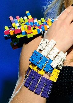 Aicitelks Vitrine: Moda LEGO Fashion