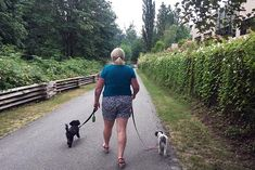 Review of the Burnaby Cariboo RV Park. Maggie headed towards the Burnaby Lake Trail from the Burnaby Cariboo RV Park, with our dogs, Billy and Ripley