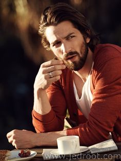 Jed Root - Bjorn Iooss - Mr Porter - Michiel Huisman : Lookbooks - the Technology behind the Talent.