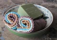 Jelly Roll Washcloth Free Knitting Pattern | SimplyNotable.com