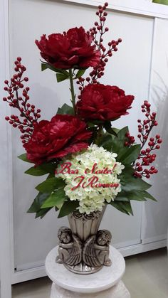 Beautiful anytime of the year, But December is the perfect month for this beauty! Valentine Flower Arrangements, Large Flower Arrangements, Artificial Floral Arrangements, Valentines Flowers, Christmas Arrangements, Faux Flowers, Silk Flowers, Vase Design, Cemetery Flowers