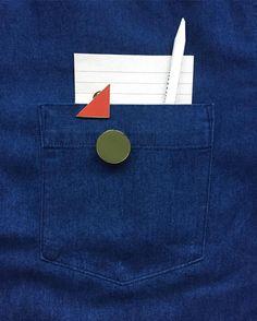 Plain pins