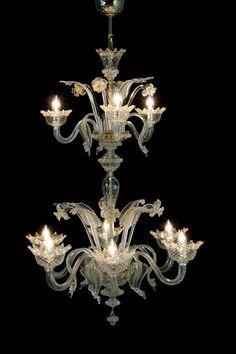 Lampadario murano 9 luci foglie e fiori trasparente oro. Comprensivo di 6 lampadine oliva chiara E14 18w e 3 lampadine oliva chiara E14 28w.