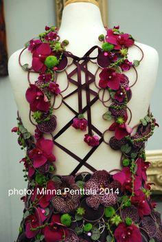 Flower fashion - RHS Chelsea Flower Show 2014