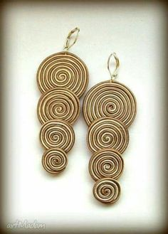 ARETES Shibori, Fabric Jewelry, Clay Jewelry, Jewelry Crafts, Beaded Earrings, Earrings Handmade, Handmade Jewelry, Soutache Jewelry, Beaded Jewelry
