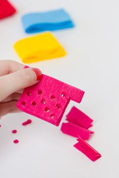 DIY Papel Picado Streamers for Cinco de Mayo {make small for cake topper} Mexican Fiesta Party, Fiesta Theme Party, Taco Party, Party Themes, Party Ideas, Mexican Celebrations, Mexican Birthday, 40th Birthday, Fiestas Party