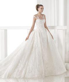 Vestidos de noiva da coleção Atelier 2015 - Pronovias