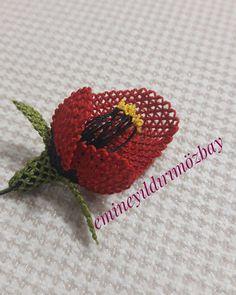 Fotoğraf açıklaması yok. Crochet Flowers, Elsa, Crochet Earrings, Stud Earrings, Embroidery, Knitting, Jewelry, Instagram, Flowers