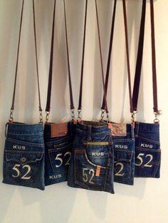 Artisanats Denim, Denim Purse, Jean Crafts, Denim Crafts, Diy Bags Jeans, Mochila Jeans, Jean Purses, Denim Handbags, Diy Handbag
