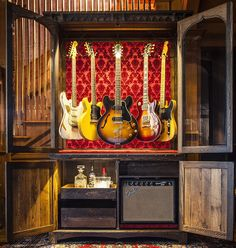 The Guitarmoire, open and ready to play.