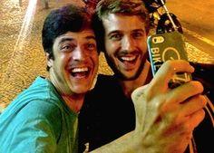 Mateus Solano encena com Miguel Thiré peça sobre redes sociais (Foto: Arquivo pessoal) - http://epoca.globo.com/colunas-e-blogs/bruno-astuto/noticia/2014/07/volta-de-felix-bmateus-solanob-encena-com-miguel-thire-peca-sobre-redes-sociais.html