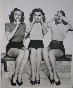 black-and-white-girl-pin-up-vintage-Favim.com-541183.jpg (407×496)