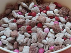 BE MINE Red Velvet Puppy Chow - Easy, delicious puppy chow perfect for your Valentine!