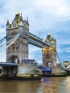 Tower Bridge, London, Great Britain /  Kalendář World Monuments 2017