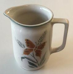 Arabia kaadin perhosaihe Kitchenware, Tableware, Finland, Minnen, Retro, Vintage, Design, Corning Glass, Eggs