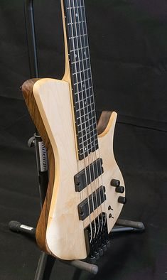 CG Lutherie - basses et guitares