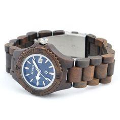 Ons houten horloge Etosha is een heel natuurlijke vrouwenmodel. De subtiele maar toch stoere klok in combinatie met het gebruik van bamboe in alle elementen van dit horloge zorgen voor een horloge met een unieke uitstraling!  Naast de looks wordt dit horloge ook gekenmerkt door comfort, vanwege het geringe gewicht en de perfecte afwerking.     www.looyenwood.nl/product/houten-horloge-etosha/
