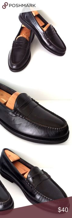 "ROCKPORT Black Leather Hand Sewn Penny Loafers Rockport Penny Loafers Black Leather Upper Man-made Vibram Soles Size: 11 Narrow Apron Toe Heel Approx. 1"" Condition/Note: Mint/Excellent Pre-Loved Condition Thanks for Stopping By Rockport Shoes Loafers & Slip-Ons"