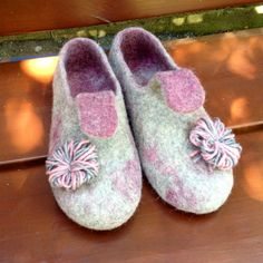 Sale 15% gray pink felted wool slippers women by ecoFeltedSlippers
