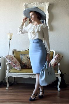 Went to the Horst P. Horst exhibition at the McCord Museum with redheadwithheadphones Skirt: Jusglitty Blouse: Offbrand Hat: Nine West Shoes: Clarks Bag: Material Girl