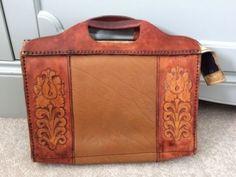 vintage-leather-handbag-1950s