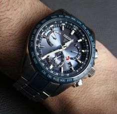 The Seiko brand is a Japanese watch company that is known for the elite timepieces that they manufac. Watch Companies, Watch Brands, Seiko Sportura, Gadget Watches, Types Of Technology, Herren Chronograph, Titanium Watches, Perpetual Calendar, Mechanical Watch