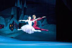 Nina Kaptsova as Marie. Artem Ovcharenko as Nutcracker-Prince. Photo by Damir Yusupov/Bolshoi Theatre. Bolshoi Theatre, Bolshoi Ballet, Ballet Dancers, Ballerinas, Ballet Couple, Ballet Shows, Ballet Images, Dance Tights, Russian Ballet