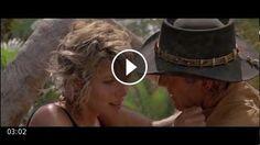 Crocodile Dundee – A crocodile attacks Sue