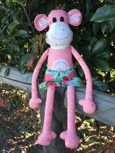 Magoo Monkey softie I made as a custom order.  Pattern by Melly & Me.