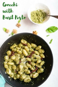 A quick and yummy meal, Gnocchi with Pesto Sauce This can be prepared in less than 20 minutes for a delicious satisfying dinner for those busy weeknights The post Gnocchi in Basil Pesto appeared first on Woman Casual - Food and drink Gnocchi Recipes, Pasta Recipes, Dinner Recipes, Cooking Recipes, Recipes With Pesto Sauce, Cooking Ideas, Gnocchi Pesto, Mantu Recipe, Sauce Pesto