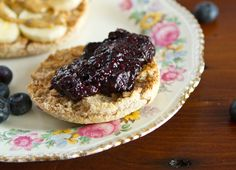 Brilliant! Chia Seeds instead of pectin for Blueberry jam.