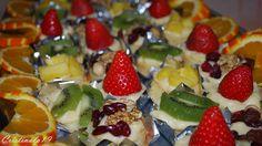 Pastelitos de crema, fruta y frutos secos #Cocina #Postres #Cocinero