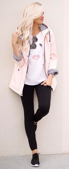 ootd | blush pink jacket + printed t-shirt + black skinnies + sneakers