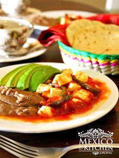 Cheese in tomato sauce, a mexican recipe. Queso en salsa de tomate, receta mexicana. #FloridaTomatoes #mexican #recipe #food #kitchen #homecook