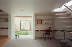 書斎事例:土間-ご主人の趣味スペース(『コヤノスミカ』趣味を楽しめる空間、ゆったり寛げる空間)