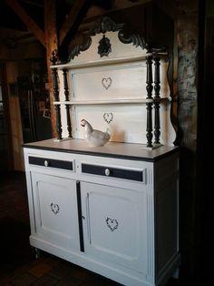 1000 images about saint hubert inspiration on pinterest saints buffet and kitchen dresser. Black Bedroom Furniture Sets. Home Design Ideas