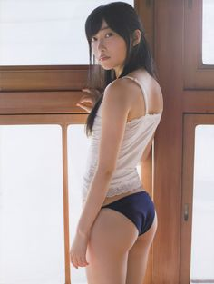 指原莉乃 / Amazing Kawaii Bomb
