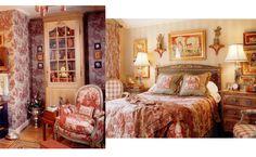 Google Image Result for http://yourdecoratinghotline.com/wp-content/uploads/2009/11/rm-combo-red1.jpg