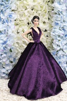 Gown-Outfit-Dress-Fashion-Royalty-Silkstone--Doll-FR  BY T.D.29/5/4 #FashionRoyalty #ClothingAccessories