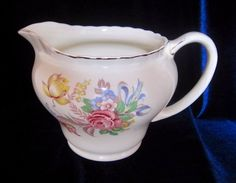 J. & G. Meakin Large Pitcher Jug - Flowers - MEK173 - 32 oz. - 5 in. - England | eBay