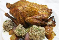 Knuspriges Brathuhn mit Äpfeln und Zwiebel Tandoori Chicken, Food Porn, Turkey, Meat, Ethnic Recipes, Broasted Chicken, Onion, Food Portions, Food Food