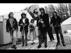 A Hard Rain's A-Gonna Fall - The Waterboys