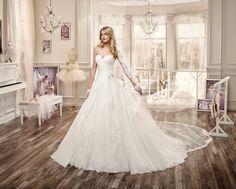 Moda sposa 2016 - Collection NICOLE.  NIAB16067. Abito da sposa Nicole.