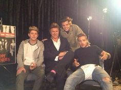 Harry Niall and Liam..what are you doing? << I feel like that question should be pointed at just Liam...