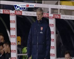 Arsene Wenger's elusive pocket. | The 41 Most Awkward Things That Have Ever Happened
