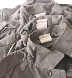 Toujours le même plaisir de découvrir les merveilles que l'on a  chinées.  La veste F2 est une pièce emblématique de notre vestiaire et une fois adoptée se porte comme une seconde peau. Maintenant, à nous de les retravailler pour en faire des pièces uniques. Stay tuned pour les prochains modèles 📢  #vintageclothing Siblings, Comme, Changing Room, Jacket, Atelier