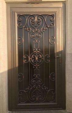Door Gate Design, House Gate Design, Front Door Design, Railing Design, Wrought Iron Security Doors, Wrought Iron Decor, Wrought Iron Gates, Iron Front Door, Iron Doors