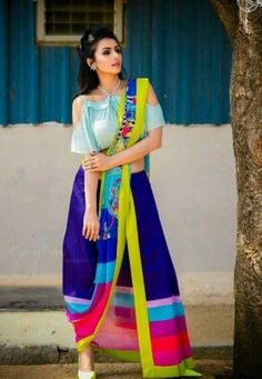 33 Ideas For Travel Pictures Display Indian Attire, Indian Wear, Kurta Designs, Blouse Designs, Travel Clothes Women, Clothes For Women, Sari Design, Saree Blouse Patterns, Traditional Looks
