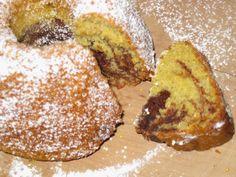 Nicola hat ihren Tag auch mit Süßem begonnen und zwar mit diesem wunderbar aussehenden Marmorkuchen.