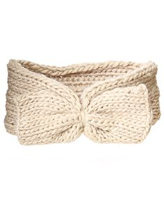 rue21 : Bow Earwarmer!  Lover these with my short hair :)